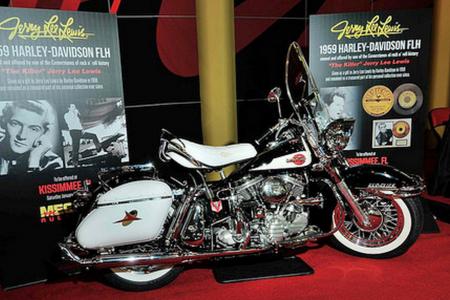 Мотоцикл Harley-Davidson FLH Duo Glide 1959 Джерри Ли Льюиса ушел с аукциона за 350 000 долларов!