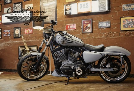 HD Sportster XL 883 Low TRACKER